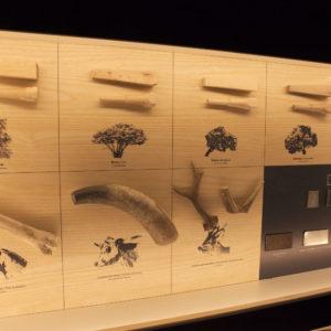Panel de mangos y virolas. Museo de la Cuchillería de Taramundi